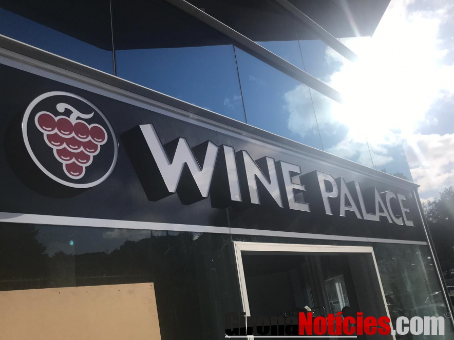 Wine Palace Vic