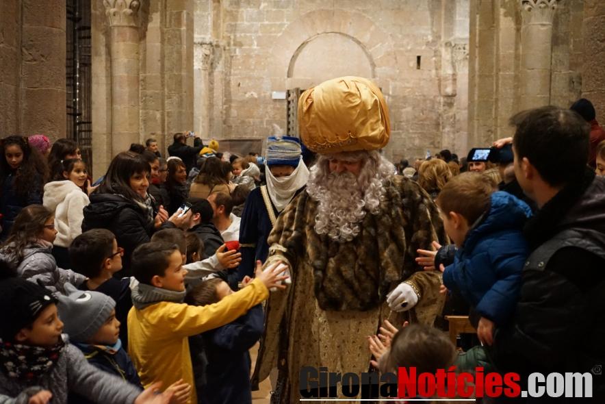 Càlida rebuda als Reis Mags a Sant Joan les Fonts