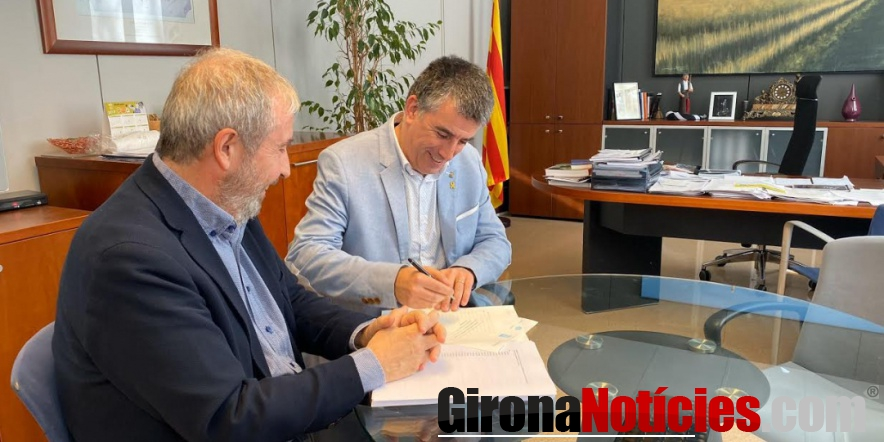 alt - Signatura notarial de l'alcalde Viñas