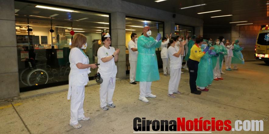 Sanitaris Hospital Comarcal durant homenatge