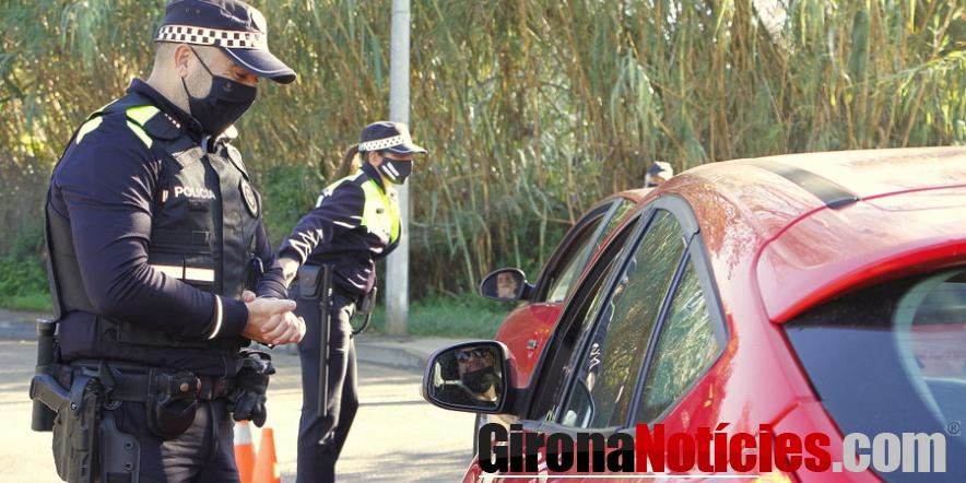 Controls Policia Local a peu de carretera