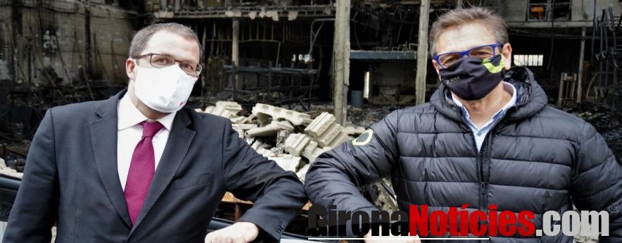alt - Raül Blanco, Secretario General de Industria, ha visitado la planta incendiada de SILENCE en Molins de Rei