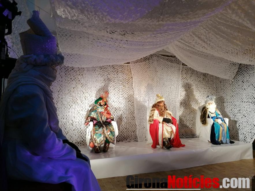 Reis d'Orient a Besalú / Vadó Buch