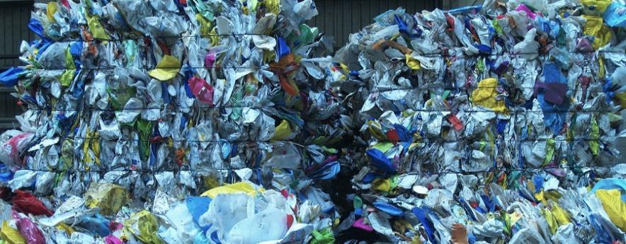 alt - Los residuos plásticos se quedan en Europa