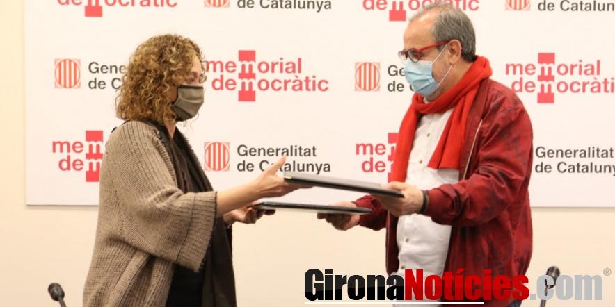 Signatura del conveni entre el municipi nord-català i la Generalitat