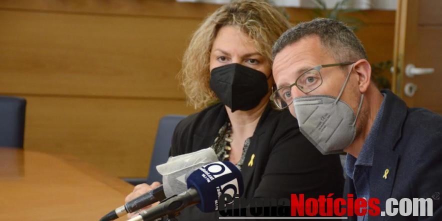 l regidor del Nucli Antic Estanis Vayreda i la regidora de Participació Imma Muñoz