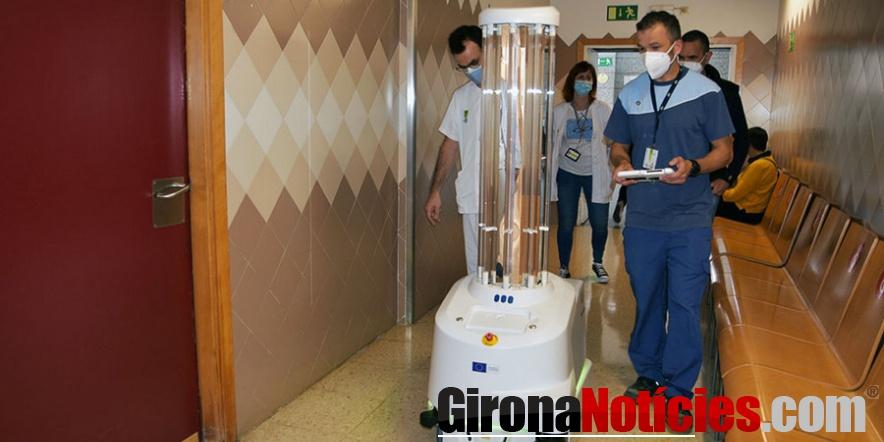 Robot per desinfecció de virus