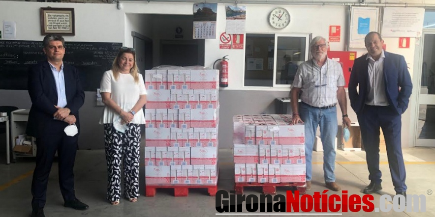 alt - Lletera de Campllong ha lliurat 1.344 litres de llet