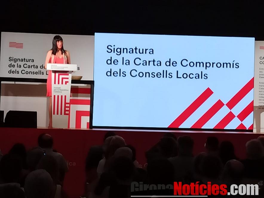 El Consell per la República lliura la 'Carta de Compromís'