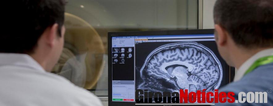 alt - La Fundació 'la Caixa' i CaixaBank destinen més de 30.000 euros a lluitar contra l'Alzheimer a Girona