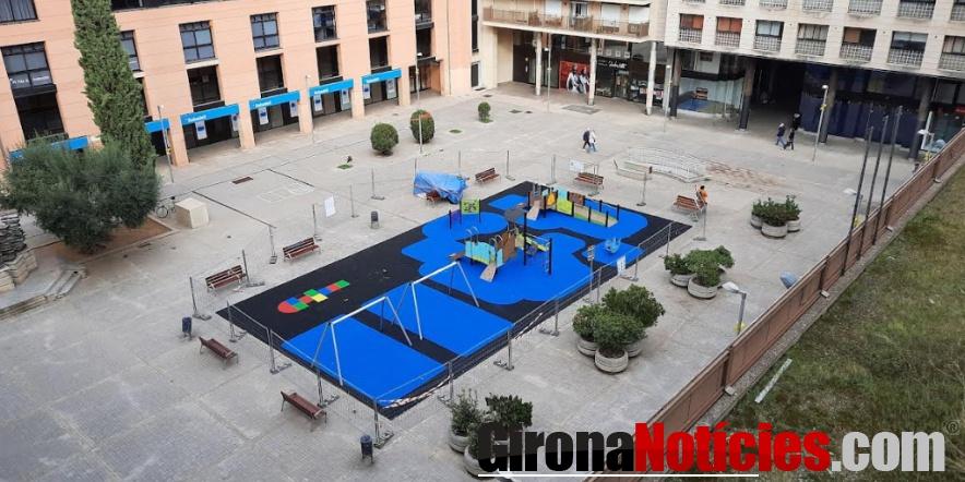 alt - Jocs plaça de Josep Pla